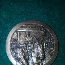 Trofeos y medallas: MEDALLA CRUZ ROJA ESPAÑOLA *125 AÑOS EN ALCOY* PRECIOSA. Lote 95676204