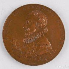 Trofeos y medallas: MEDALLA 1905 III CENTENARIO DE LA PUBLICACION DEL QUIJOTE, ANVERSO: MIGUEL DE CERVANTES SAAVEDRA, BU. Lote 96484739