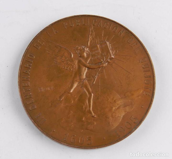Trofeos y medallas: MEDALLA 1905 III CENTENARIO DE LA PUBLICACION DEL QUIJOTE, ANVERSO: MIGUEL DE CERVANTES SAAVEDRA, BU - Foto 2 - 96484739