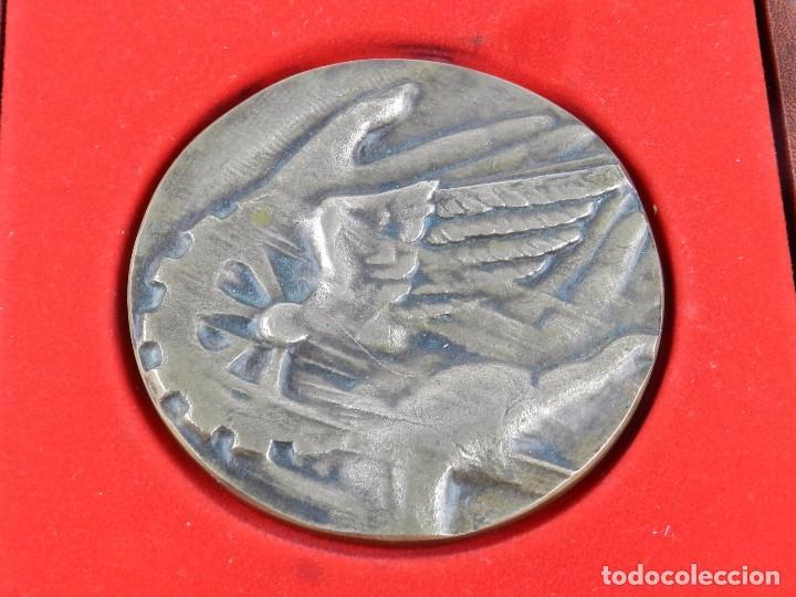 MEDALLA CONMEMORATIVA REUS 1886 - 1986, MIDE DE DIAMETRO 9,2 CM. Y PESA 326 GRAMOS. GROSOR: 5 MM. EN (Numismática - Medallería - Trofeos y Conmemorativas)