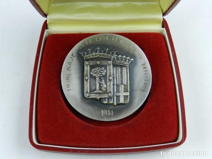 Trofeos y medallas: MEDALLA DE SANTIAGO RUSIÑOL, HOMENAJE DE LA CASA DE MADRID EN BARCELONA, 1981, REALIZADA EN BRONCE C - Foto 2 - 96574967