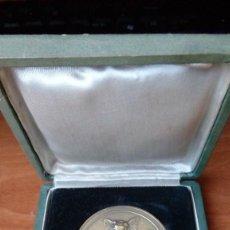 Trofeos y medallas: MEDALLA BRONCE OLIMPIADA DEL TRABAJO MADRID 1965. Lote 99989195