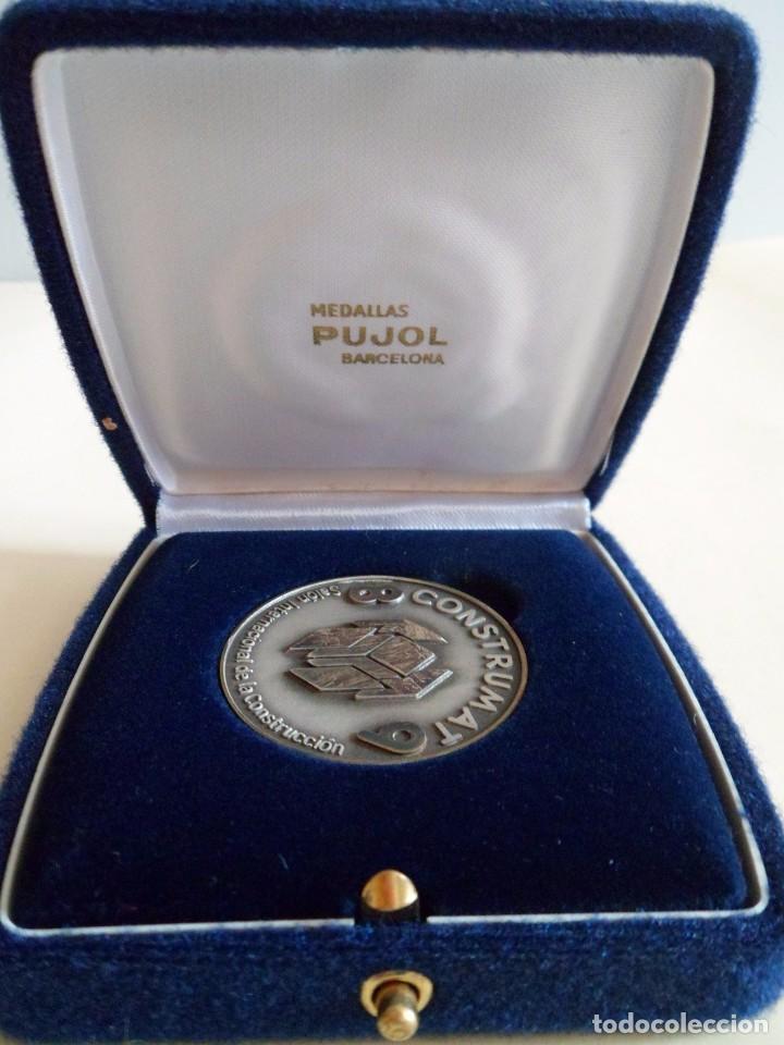 MEDALLA DE PLATA 925 CONSTRUMAT 1989. BARCELONA. PUJOL (Numismática - Medallería - Trofeos y Conmemorativas)