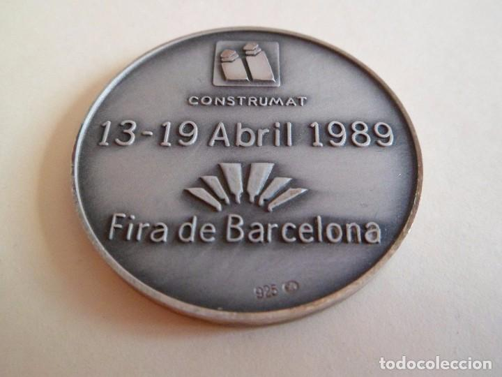 Trofeos y medallas: Medalla de plata 925 Construmat 1989. Barcelona. pujol - Foto 2 - 101357439