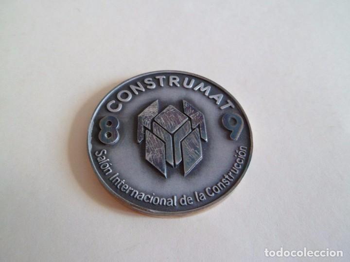 Trofeos y medallas: Medalla de plata 925 Construmat 1989. Barcelona. pujol - Foto 4 - 101357439