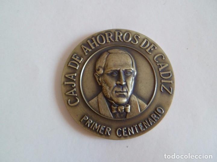 Trofeos y medallas: Medalla primer centenario caja de ahorros de cadiz. bronce - Foto 2 - 101370751