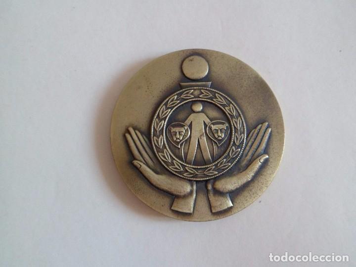Trofeos y medallas: Medalla primer centenario caja de ahorros de cadiz. bronce - Foto 3 - 101370751