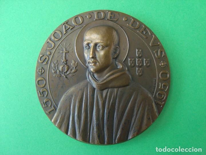 MEDALLA CONMEMORATIVA DEL IV CENTENARIO DEL FALLECIMIENTO DE SAN JUAN DE DIOS (Numismática - Medallería - Trofeos y Conmemorativas)