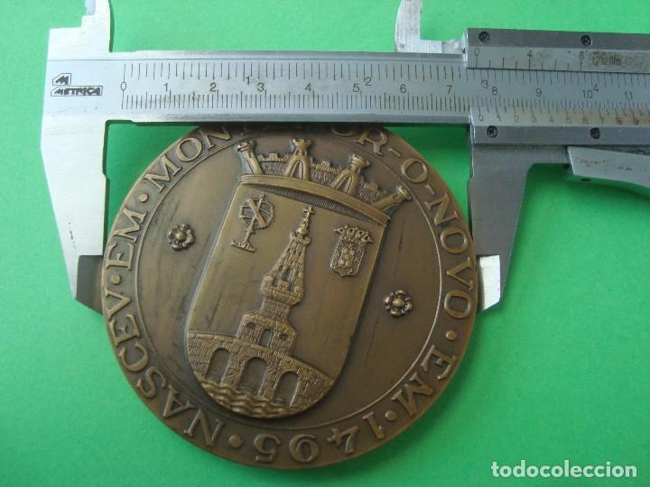 Trofeos y medallas: MEDALLA CONMEMORATIVA DEL IV CENTENARIO DEL FALLECIMIENTO DE SAN JUAN DE DIOS - Foto 3 - 102719111