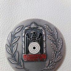 Trofeos y medallas: GRAN MEDALLA CONMEMORATIVA ALEMANA ESMALTADA DEUTSCHER SCHÜTZENBUND. Lote 103363004
