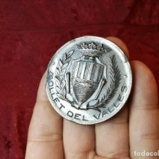 Trofeos y medallas: MONEDA MEDALLA CONMEMORATIVA INAGURACION PISTA DEPORTIVA MUNICIPAL MOLLET DEL VALLES-BARCELONA 1970. Lote 108391579
