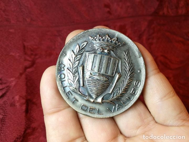Trofeos y medallas: moneda medalla conmemorativa inaguracion pista deportiva municipal mollet del valles-barcelona 1970 - Foto 9 - 108391579