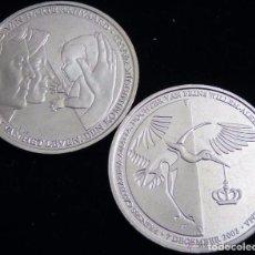 Trofeos y medallas: HOLANDA, MEDALLA CONMEMORATIVA DEL NACIMIENTO DE LA PRINCESA AMALIA - 7 DE DICIEMBRE 2003 . Lote 109362919