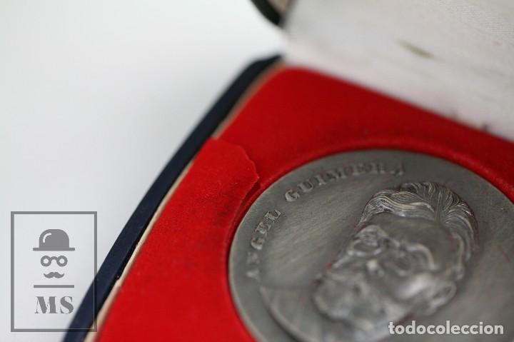 Trofeos y medallas: Medalla Conmemorativa - Ángel Guimerá. V Concurs Literari Bibiobus de J. Monfort. Barcelona, 1975 - Foto 4 - 109761139
