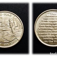 Trofeos y medallas: APOLLO 11 / NASA - MEDALLA CONMEMORATIVA HECHA CON PARTES DEL APOLLO 11 & COLUMBIA. Lote 115623060