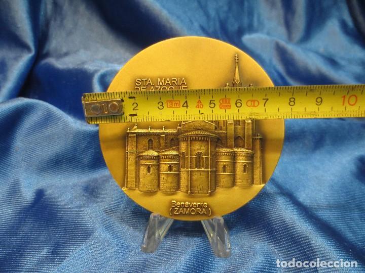 Trofeos y medallas: MEDALLA DE BRONCE LOTERIA DEL HUMOR 1994 STA MARIA DE AZOQUE BENAVENTE - Foto 2 - 110443559