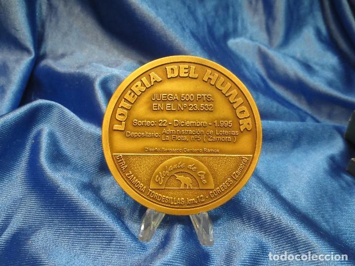 Trofeos y medallas: MEDALLA DE BRONCE DE LA LOTERIA DEL HUMOR DE 1995 IGLESIA LA MAGDALENA ZAMORA - Foto 3 - 110443835