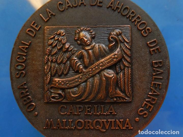 Trofeos y medallas: Medalla. Obra Social de la Caja de Ahorros de Baleares. Capella Mallorquina. Mallorca. - Foto 2 - 111526731
