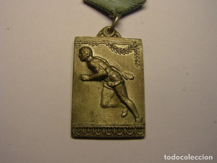 Trofeos y medallas: Medalla deportiva antigua. - Foto 2 - 114357139