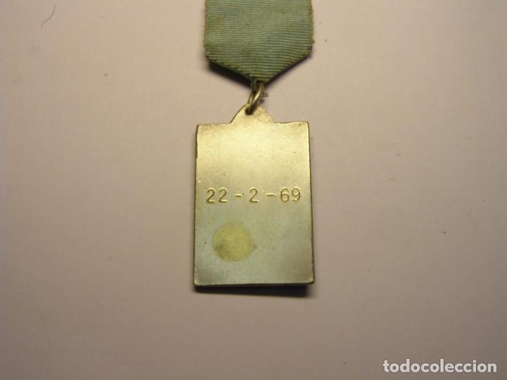 Trofeos y medallas: Medalla deportiva antigua. - Foto 3 - 114357139