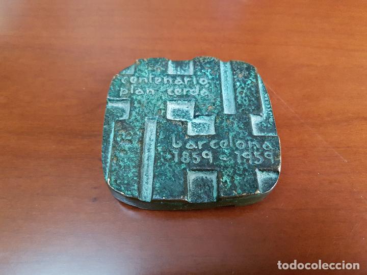 MEDALLA CENTENARIO PLAN CERDÁ - BARCELONA - 1859 1959 - CAT. BRONCE - FIRMADA RIUSERRA (Numismática - Medallería - Trofeos y Conmemorativas)