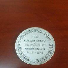 Trofeos y medallas: MEDALLA CERIMONIA INAUGURALE TELECOMUNICAZIONI VIA SATELLITE INTELSAL IN ORBITA SU OCEANO INDIANO . Lote 115028043