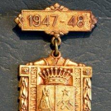 Trofeos y medallas: ANTIGUA MEDALLA AL MERITO ESCOLAR BARCELONA 1947 - 1948 COLEGIO LA SALLE LA BONANOVA. Lote 71065741
