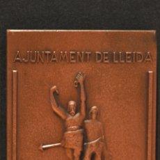Trofeos y medallas: MEDALLA EN BRONCE LERIDA AJUNTAMENT DE LLEIDA LA PAERIA. Lote 95035471