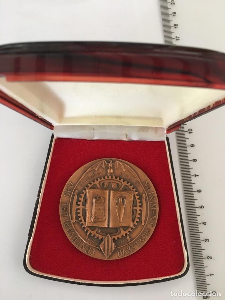 Trofeos y medallas: MEDALLA CONMEMORATIVA. NICOLAU PRIMITIU GÓMEZ SERRANO. SUECA 1877 VALENCIA 1971 - Foto 2 - 118069870