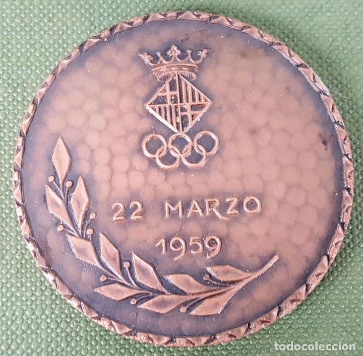 Trofeos y medallas: MEDALLA DE BRONCE. INAUGURACIÓN GIMNASIO MUNICIPAL DE BARCELONA. 1959. - Foto 2 - 122766867