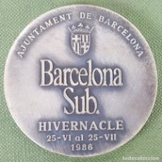 Trofeos y medallas: MEDALLA DE METAL PLATEADO. BARCELONA SUBTERRÁNEA. AYUNTAMIENTO DE BARCELONA. 1986.. Lote 123412027