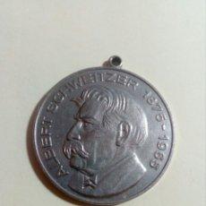 Trofeos y medallas: MEDALLA ALBERT SCHWEITZER. Lote 130590623