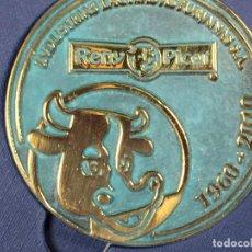 Trofeos y medallas: MEDALLA CONMEMORATIVA RENY PICOT BRONCE INDUSTRIAS LACTEAS ASTURIANAS 1960 2010 12X12CMS. Lote 130980888