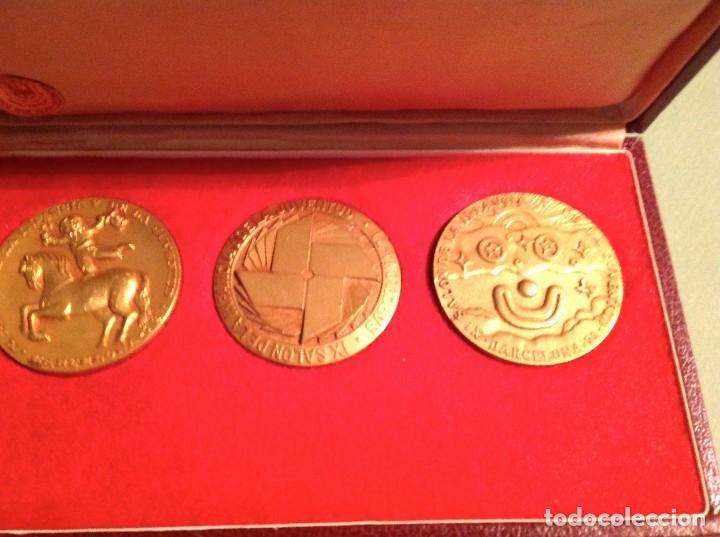 MEDALLAS DEL XI SALÓN DE LA INFANCIA Y DE LA JUVENTUD DE BARCELONA AÑO 1971-72-73 (Numismática - Medallería - Trofeos y Conmemorativas)