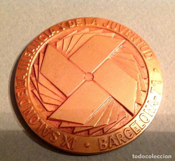 Trofeos y medallas: Medallas Del XI Salón De La Infancia Y De La Juventud De Barcelona Año 1971-72-73 - Foto 3 - 133837366