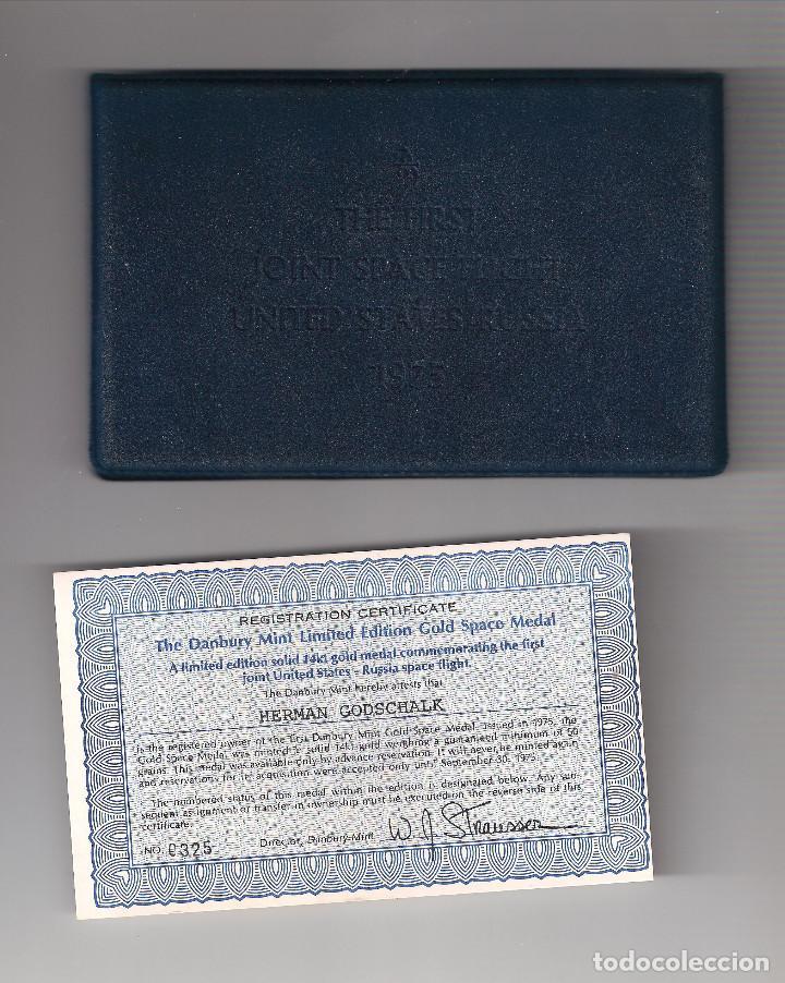 Trofeos y medallas: MEDALLA CONMEMORATIVA AL PRIMER VUELO ESPACIAL CONJUNTO ESTADOS UNIDOS-UNIÓN SOVIÉTICA 1975. (MD1157 - Foto 3 - 133952538