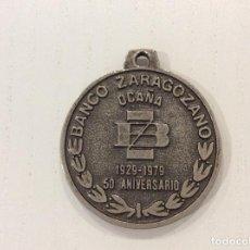Trofeos y medallas: MEDALLA CONMEMORATIVA DEL 50 ANIVERSARIO DEL BANCO ZARAGOZANO DE OCAÑA (TOLEDO). Lote 134939298