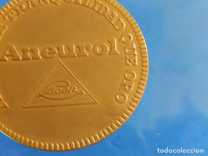 Trofeos y medallas: Ficha / Medalla / Moneda publicitaria. Aneurol. Lacer. Acuñada en 1964. - Foto 12 - 135376134