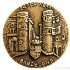 Trofeos y medallas: MEDALLA EN BRONCE LA PLAÇA NOVA DE BARCELONA. Lote 155729509