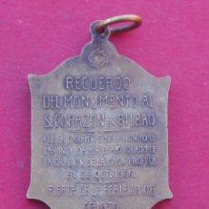 Trofeos y medallas: MEDALLA CONMEMORATIVA MONUMENTO SAGRADO CORAZÓN BILBAO. AÑO 1926. Lote 142918910