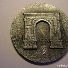 Trofeos y medallas: MEDALLA AYUNTAMIENTO RODA DE BARÁ. . Lote 145159638