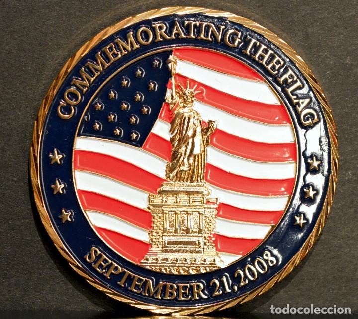 MEDALLA BAÑO EN ORO COMMEMORATING THE FLAG 2008 TRUMP NATIONAL GOLF CLUB ESTADOS UNIDOS (Numismática - Medallería - Trofeos y Conmemorativas)