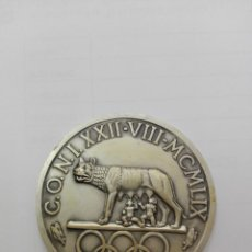 Trofeos y medallas: MEDALLA C:O:N:I. XXII - VIII - MCMLIX.STADIO DEL NUOTO.ITALIA. Lote 149305822
