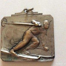 Trofeos y medallas: MEDALLA 3DESCENSO CANDANCHU 1956. Lote 150243574