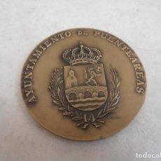 Trofeos y medallas: MEDALLON BRONCE - AUDITORIO FEVERIANO SOUTULLO - X ANIVERSARIO - PUENTEAREAS. Lote 154329710