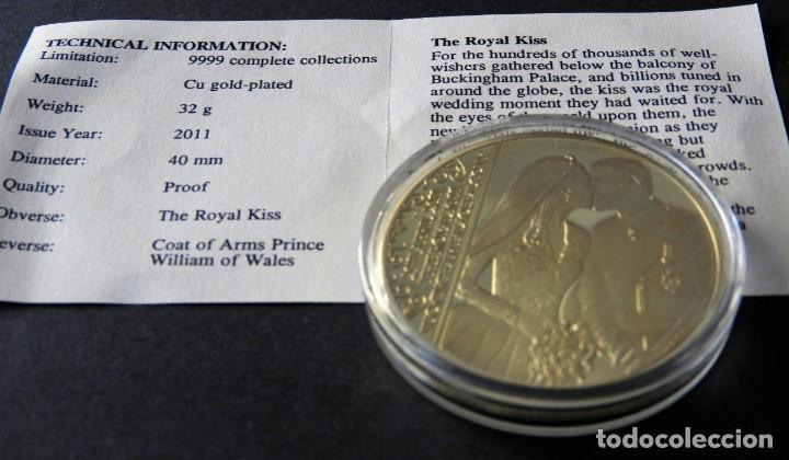 Trofeos y medallas: MONEDA Boda Real - Príncipe WILLIAMS - CATHERINE - CONMEMORATIVA - EN ORO Y PLATA 24 KILATES - Foto 3 - 155151934