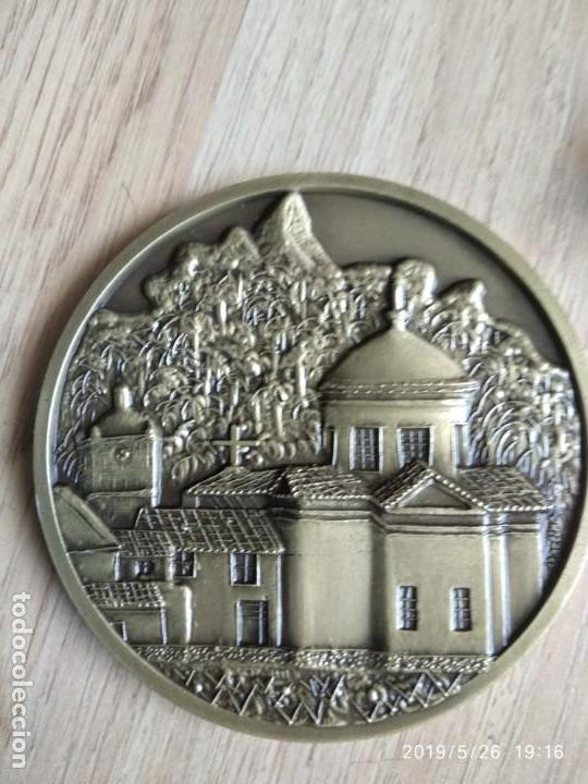 MEDALLA MONEDA CONMEMORATIVA DE EL CAMPO DE GOLF CLUB PENHA LONGA PORTUGAL, DIAMETRO 8 CM (Numismática - Medallería - Trofeos y Conmemorativas)