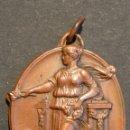 Trofeos y medallas: MEDALLA BARCELONA 1935 IV ANIVERSARIO PROCLAMACION DE LA REPUBLICA . Lote 168726860