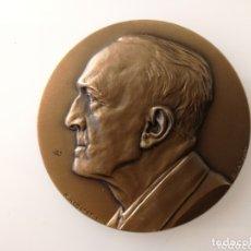 Trofeos y medallas: MEDALLA LOUIS REVOL MEDALLÓN DE BRONCE POR REBATET. Lote 172899757