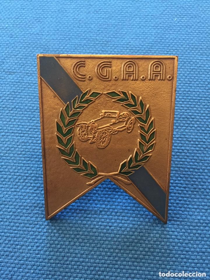 CHAPA , PLACA , MEDALLA C.G.A.A.CLUB GALEGO AUTOMÓVILES ANTIGOS (Numismática - Medallería - Trofeos y Conmemorativas)